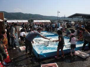 第31回長崎さかな祭り「魚すくい」