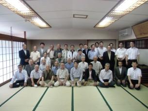 第13期香内組課友愛会OB会総会(記念撮影)